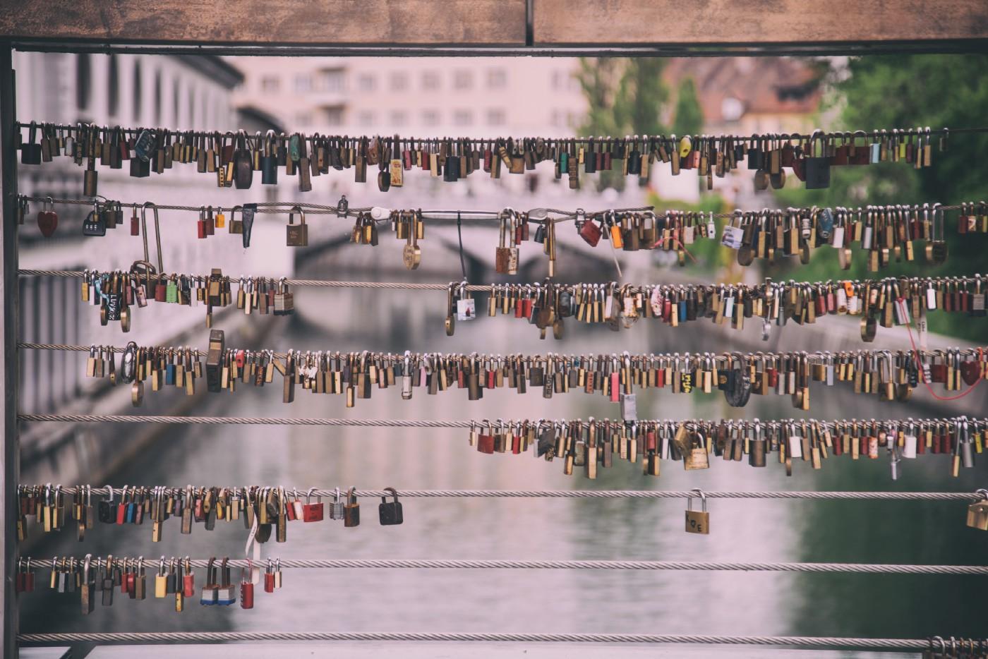 Distributing workflows on Docker - Scale with Zenaton
